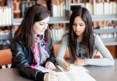 What does Homework Help Online Offer to the Students