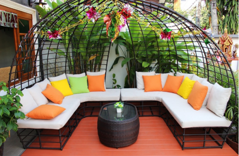 A Guide to Choosing External Furnishings
