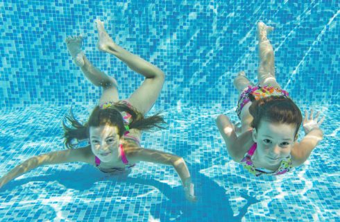 Precautions summer: a pool with children