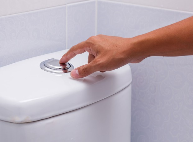 economia-agua-deca-descarga