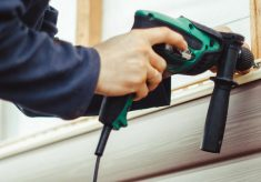 WHY YOU NEED TO REACH OUT TO EXPERTS WHEN INSTALLING OR REPAIRING SIDINGS?