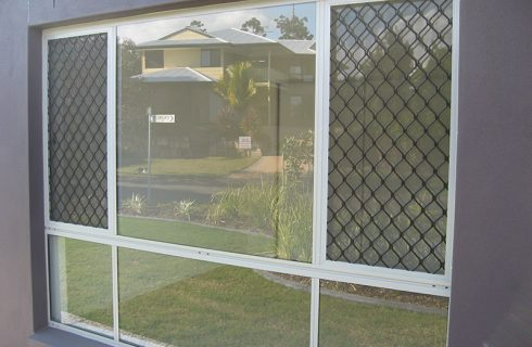 Discover the Many Benefits of Security Screens