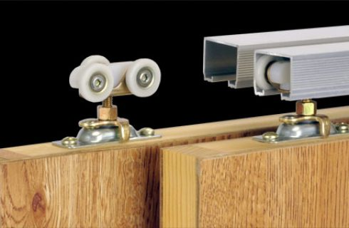 Few Helpful Tips To Buy Right Kind of Sliding Door Hardware